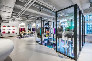 CorporateShop038-300x200 Interior_Interiorphotography_Hamburg
