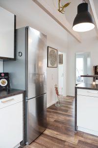 interiorfotografie-dachgeschosswohnung-modern-designklassiker-kunst-farben-holz09-200x300 interiorfotografie-dachgeschosswohnung-modern-designklassiker-kunst-farben-holz