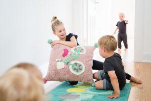 minividuals-interior-kids-people-lifestyle01-300x200 interiorfotografie-hamburg-kids-werbefotografie