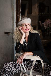 mode-best-ager-blonde-hair-hamburg-fashion-fotografie-01-200x300 mode-best-ager-blonde-hair-hamburg-fashion-fotografie-01