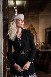 mode-best-ager-blonde-hair-hamburg-fashion-fotografie-04-200x300 mode-best-ager-blonde-hair-hamburg-fashion-fotografie-04